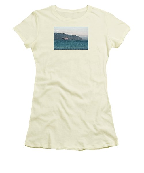 Empty Or Full? Women's T-Shirt (Athletic Fit)