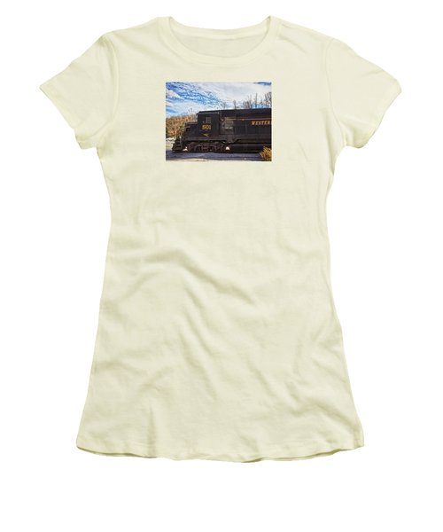 Engine 501 Women's T-Shirt (Athletic Fit)