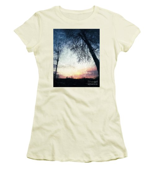 Fading Sunset Women's T-Shirt (Athletic Fit)