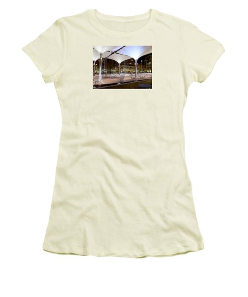 Fort Worth Sundance Square Women's T-Shirt (Athletic Fit)