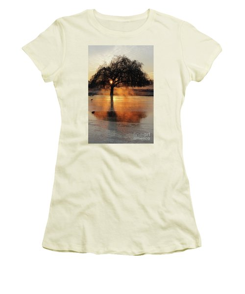 Frosty Sunrise In Bushy Park London 2 Women's T-Shirt (Athletic Fit)