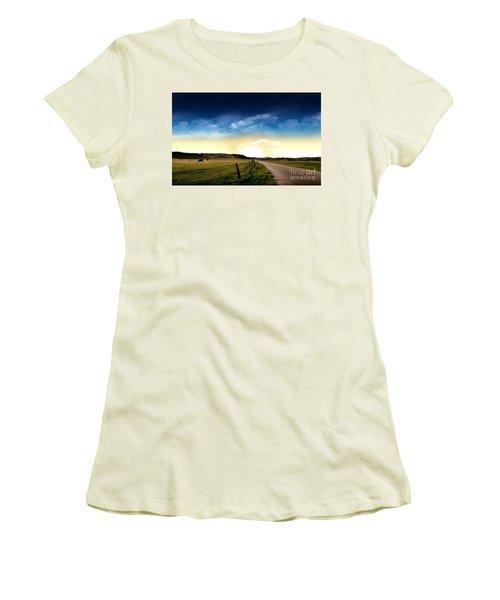 Grazing Time Women's T-Shirt (Junior Cut) by Rod Jellison