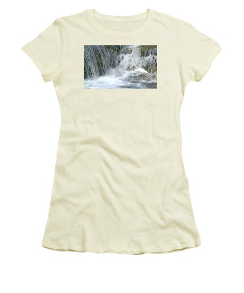 Great Egret Hunting At Waterfall - Digitalart Painting 3 Women's T-Shirt (Athletic Fit)
