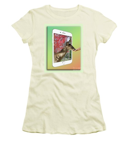Hand-out Women's T-Shirt (Athletic Fit)
