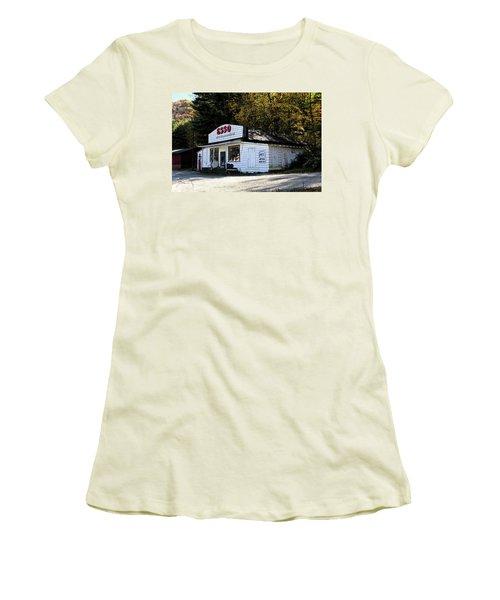 Happy Motoring Women's T-Shirt (Junior Cut) by Dale R Carlson