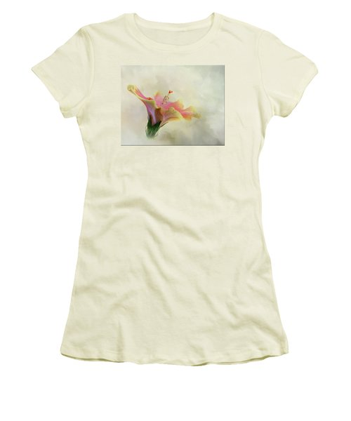 Hibiscus Art Women's T-Shirt (Athletic Fit)
