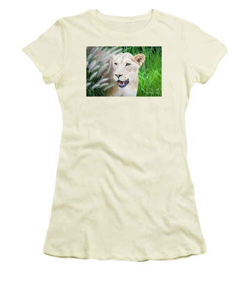 Hiding In Grass Women's T-Shirt (Athletic Fit)