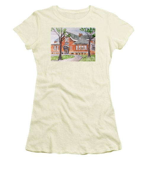 Horace Mann School Amesbury Ma Women's T-Shirt (Athletic Fit)