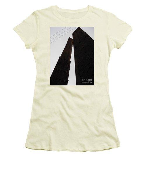 Il Bacio Delle Torri Women's T-Shirt (Athletic Fit)