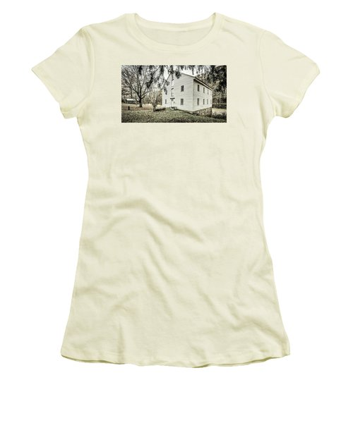 Jackson's Sawmill Women's T-Shirt (Athletic Fit)