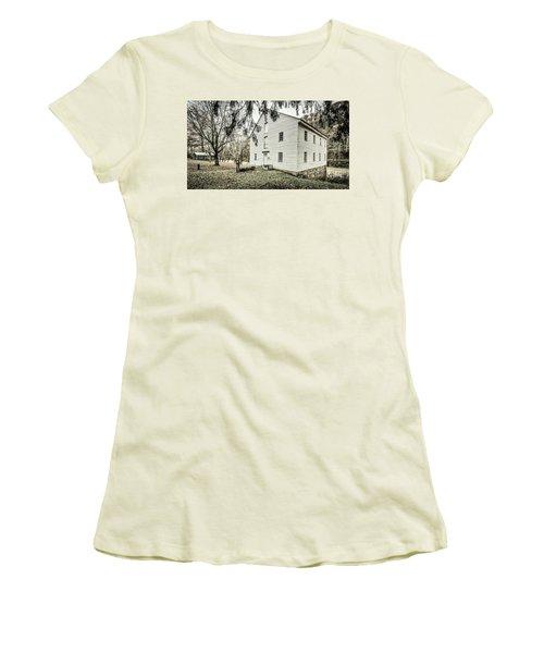 Jackson's Sawmill Women's T-Shirt (Athletic Fit)