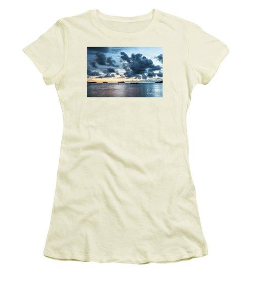 Kota Kinabalu Sunset Women's T-Shirt (Athletic Fit)
