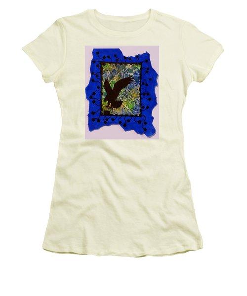 Landing Eagle Silhouette Women's T-Shirt (Athletic Fit)
