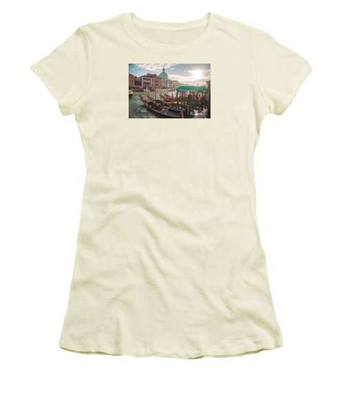 Life Of Venice - Italy Women's T-Shirt (Athletic Fit)