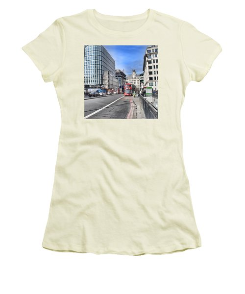 London City Women's T-Shirt (Athletic Fit)