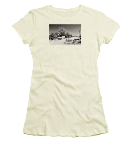 Women's T-Shirt (Junior Cut) featuring the photograph Long Way To Tennessee by Juergen Klust