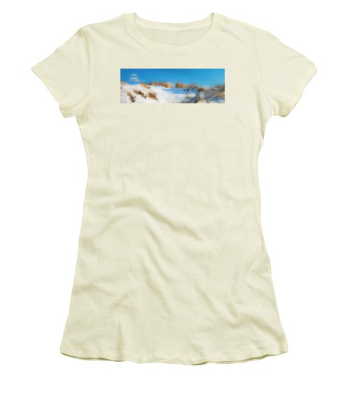Maine Snow Dunes On Coast In Winter Panorama Women's T-Shirt (Junior Cut) by Ranjay Mitra