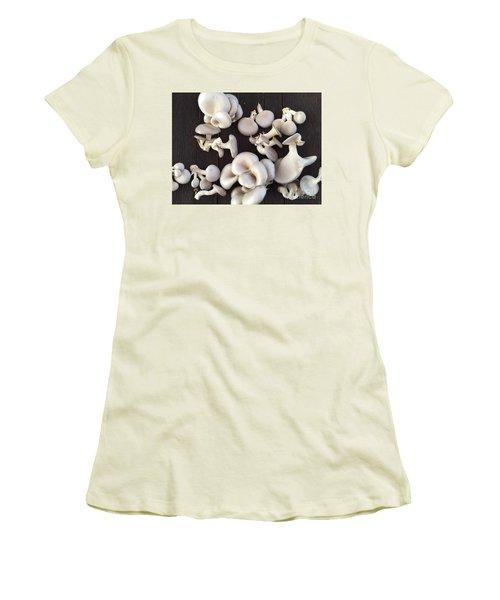 Market Mushrooms Women's T-Shirt (Athletic Fit)