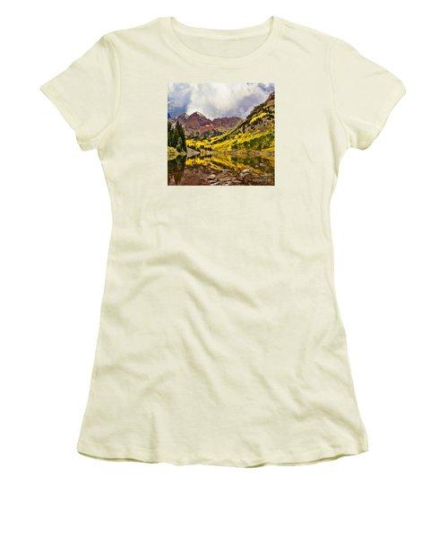 Maroon Bells Lake Women's T-Shirt (Junior Cut) by Steven Parker