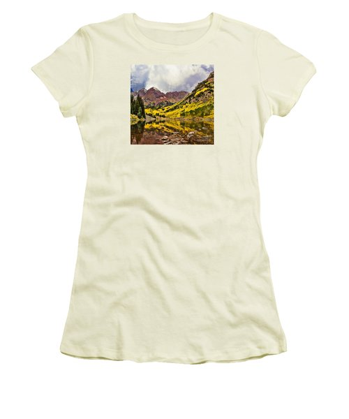 Maroon Bells Lake Women's T-Shirt (Athletic Fit)