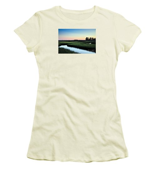 Marsh Sunset Women's T-Shirt (Athletic Fit)