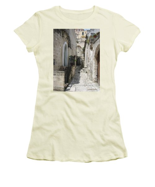 Matera Stroll Women's T-Shirt (Athletic Fit)
