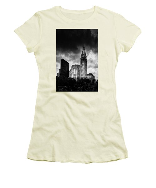 Women's T-Shirt (Junior Cut) featuring the photograph Met-life Tower by Marvin Spates