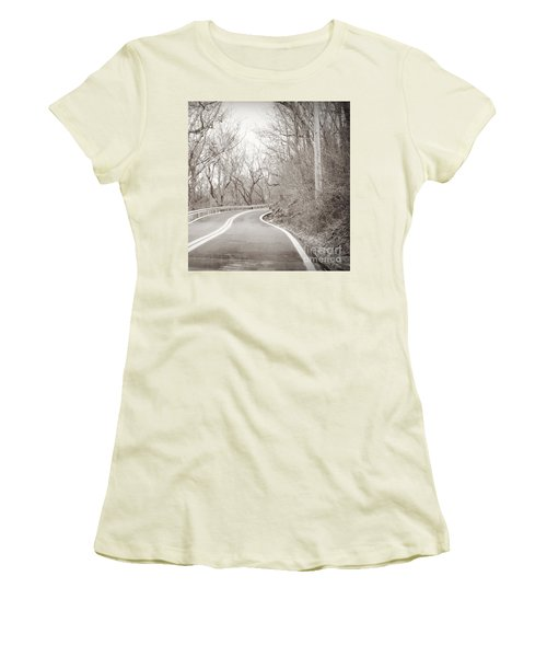 Mid Path Women's T-Shirt (Athletic Fit)