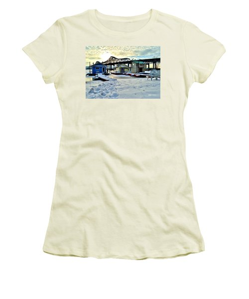 Mississippi River Boathouses Women's T-Shirt (Athletic Fit)