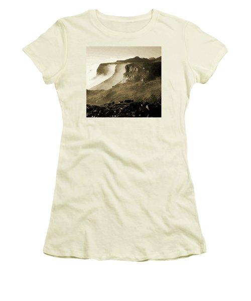 Mist In Lesotho Women's T-Shirt (Athletic Fit)