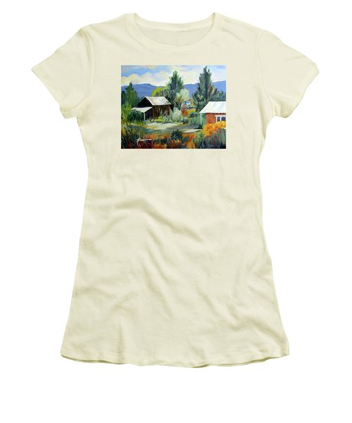 Mountain Settlement In New Mexico  Women's T-Shirt (Athletic Fit)