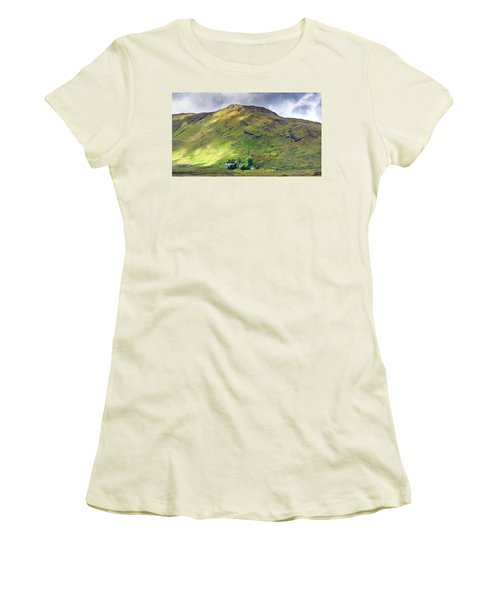 Mountains Of Ireland Women's T-Shirt (Athletic Fit)
