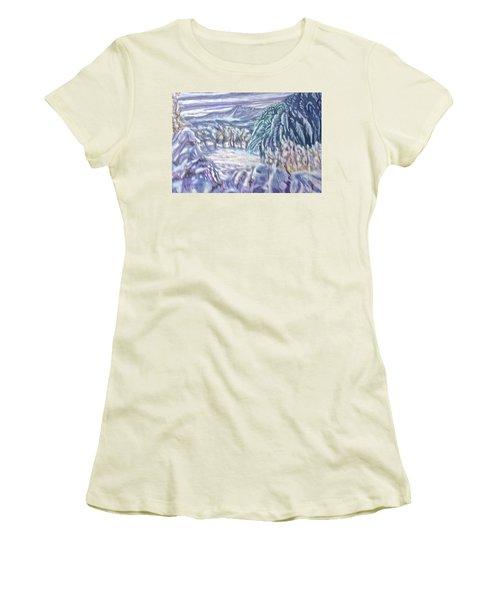 Negua Women's T-Shirt (Athletic Fit)