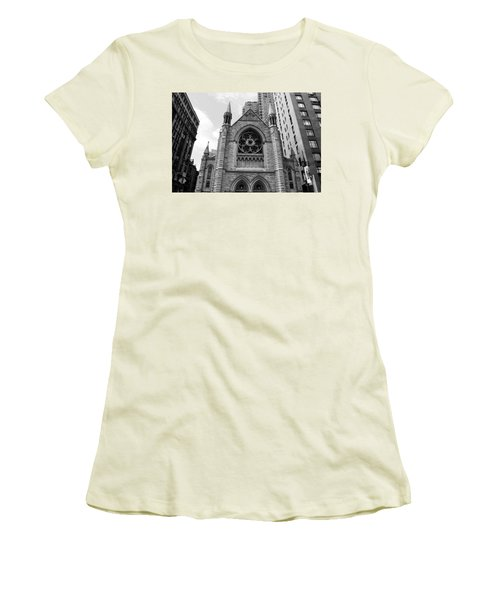 Nyc Holy Trinity Church - Black And White Women's T-Shirt (Athletic Fit)