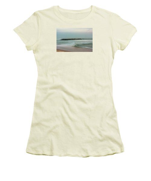 Ocean Flow 2 Women's T-Shirt (Athletic Fit)