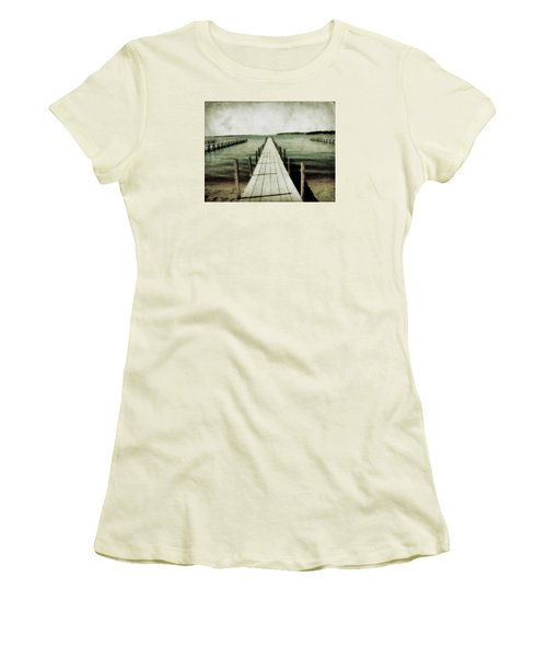 Okoboji Docks Women's T-Shirt (Junior Cut)