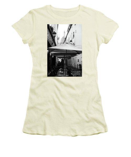 Paris Scene Women's T-Shirt (Athletic Fit)