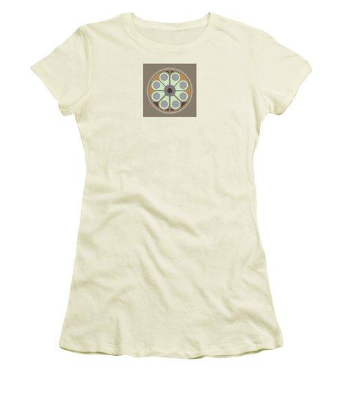 Peace Flower Circle Women's T-Shirt (Athletic Fit)