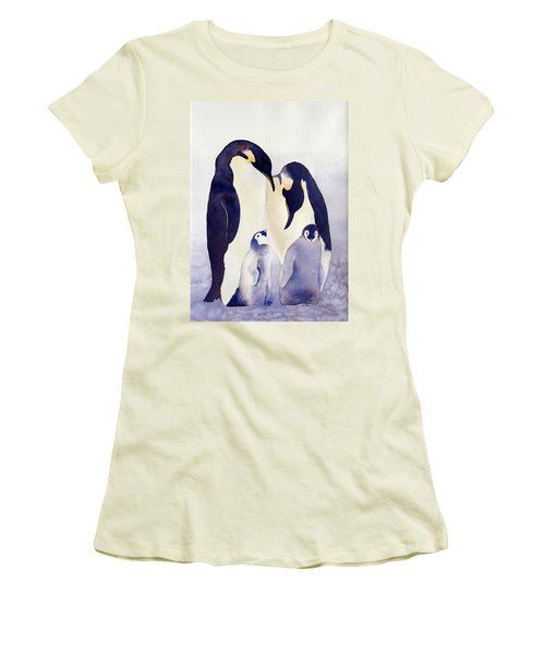 Penguin Family Women's T-Shirt (Athletic Fit)
