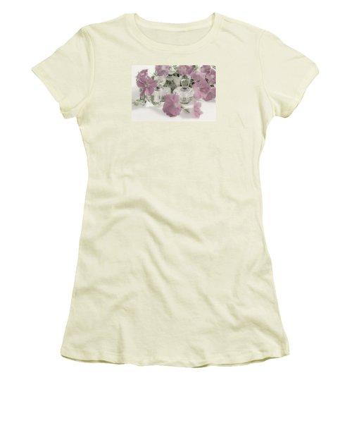 Petunias And Perfume - Soft Women's T-Shirt (Junior Cut) by Sandra Foster