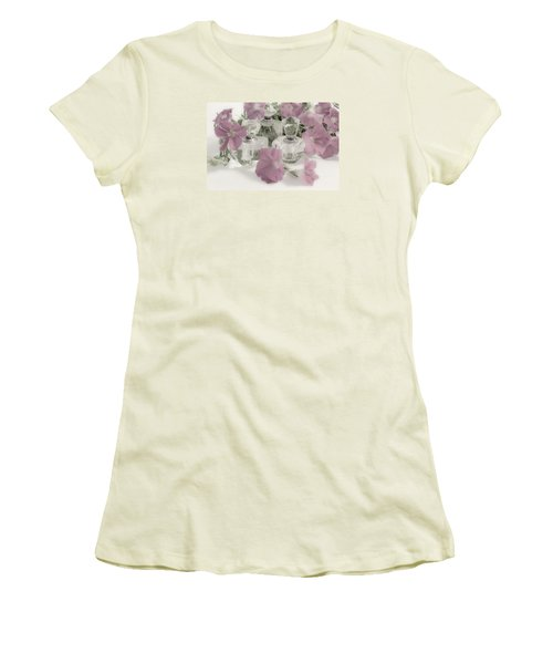 Petunias And Perfume - Soft Women's T-Shirt (Athletic Fit)