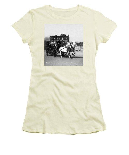 Philadelphia Fire Department Engine - C 1905 Women's T-Shirt (Athletic Fit)