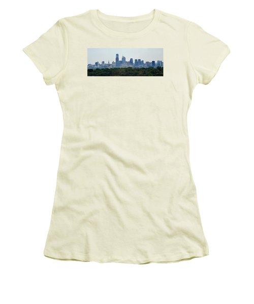 Philadelphia Green Skyline Women's T-Shirt (Junior Cut) by Ian  MacDonald