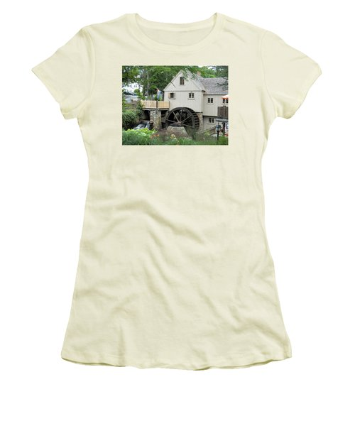 Plymouth Grist Mill Women's T-Shirt (Athletic Fit)