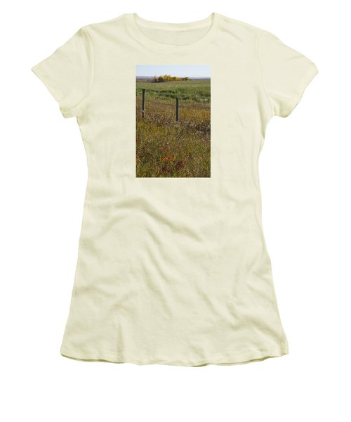 Prairie Autumn Women's T-Shirt (Athletic Fit)