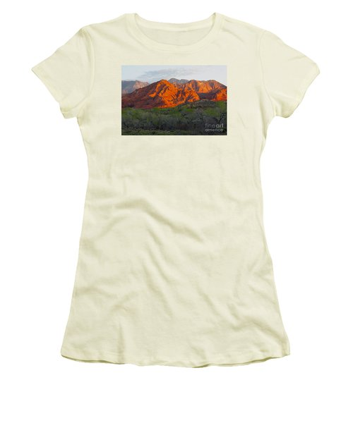 Red Hills Women's T-Shirt (Athletic Fit)