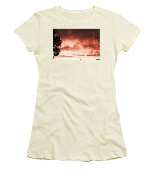 Reno Sky Women's T-Shirt (Athletic Fit)