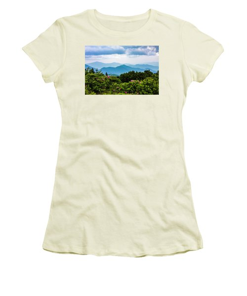 Roan Mountain Rhodos Women's T-Shirt (Athletic Fit)
