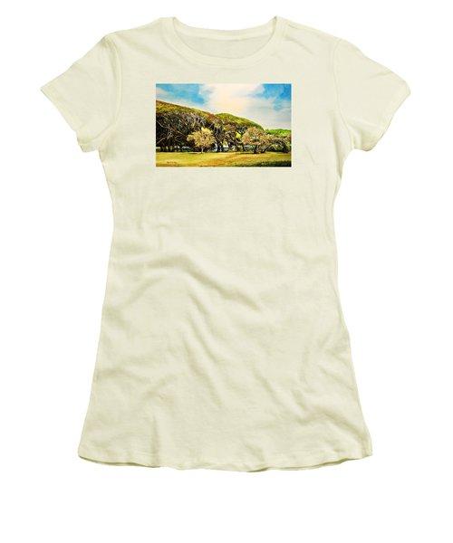 Rockport Oaks Women's T-Shirt (Athletic Fit)