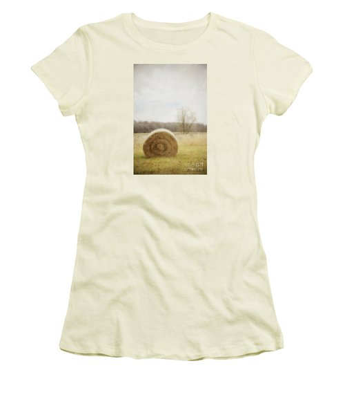 Round Bale O'hay Women's T-Shirt (Athletic Fit)